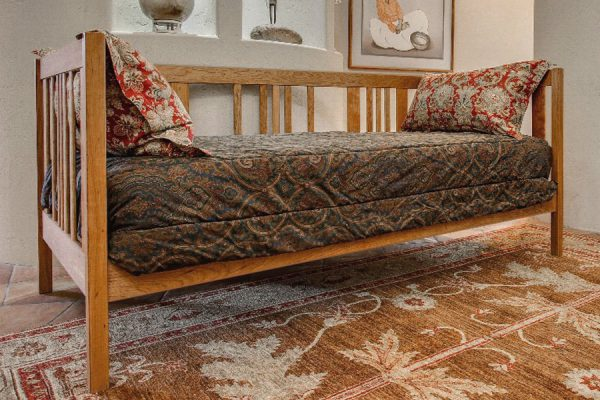 Dappled Path Daybed
