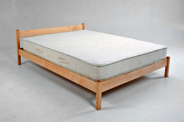 Whispering Hills bed
